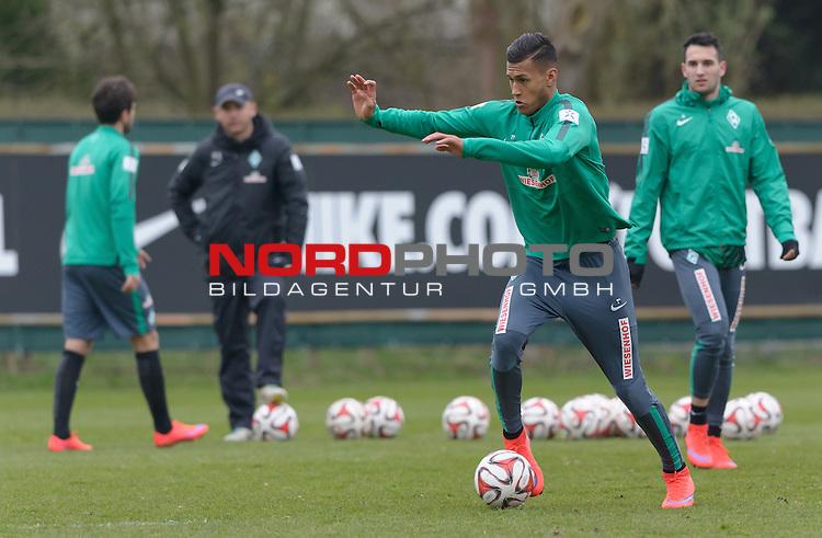 08.04.2015, Trainingsgelaende, Bremen, GER, 1.FBL, Training Werder Bremen, im Bild Davie Selke (Bremen #27)<br /> <br /> Foto &copy; nordphoto / Frisch