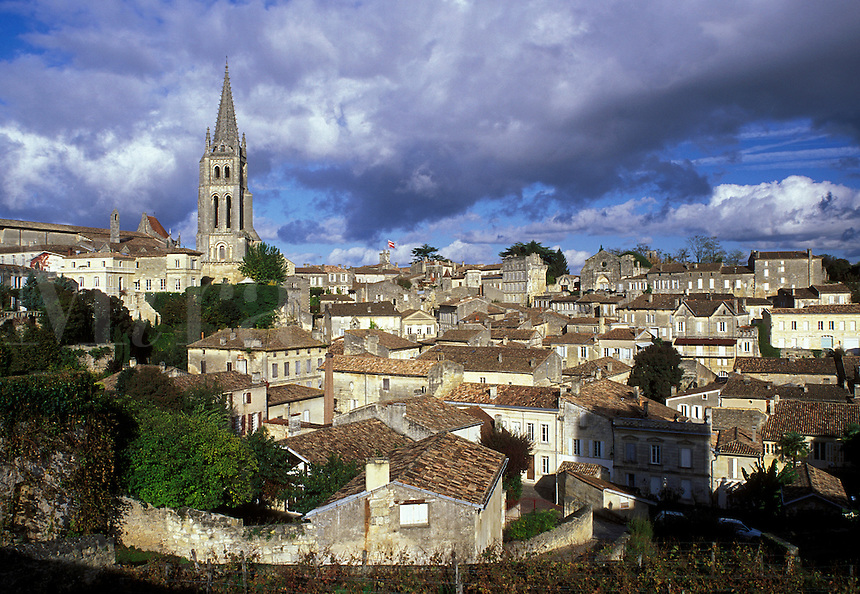 Saint Emilion, Aquitaine, Bordeaux Wine Region, France, Gironde, Europe, Eglise Monolithe rises above the medieval village of St. Emilion.