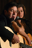 Washington, DC - February 24, 2008 -- Recording artists Vince Gill and Amy Grant perform for United States President George W. Bush and the National Governors Association at the White House in Washington on Sunday, February 24, 2008. <br /> Credit: Kevin Dietsch - Pool via CNP