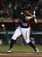 Irving Lopez de los naranjeros, durante el juego de beisbol de segunda vuelta de la Liga Mexicana del Pacifico. Segundo partido entre Charros de Jalisco vs Naranjeros de Hermosillo. 16 Diciembre 2017.<br /> (Foto: Luis Gutierrez /NortePhoto.com)