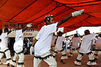 MALI village Sanankoroba, dance perfomance of schoool children