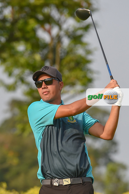 Kristopher WILLIAMSON (COK) watches his tee shot on 3 during Rd 1 of the Asia-Pacific Amateur Championship, Sentosa Golf Club, Singapore. 10/4/2018.<br /> Picture: Golffile | Ken Murray<br /> <br /> <br /> All photo usage must carry mandatory copyright credit (© Golffile | Ken Murray)