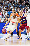 Real Madrid's player Sergio Rodriguez and Barcelona's player Oleson during Liga Endesa 2015/2016 Finals 4th leg match at Barclaycard Center in Madrid. June 20, 2016. (ALTERPHOTOS/BorjaB.Hojas)