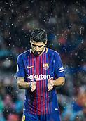 4th November 2017, Camp Nou, Barcelona, Spain; La Liga football, Barcelona versus Sevilla; Luis Suarez of FC Barcelona claps his hands as a chance goes begging