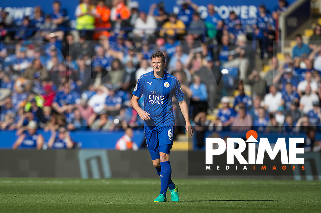 Robert Huth of Leicester City during the Premier League match between Leicester City and Southampton at the King Power Stadium, Leicester, England on 2 October 2016. Photo by Andy Rowland.