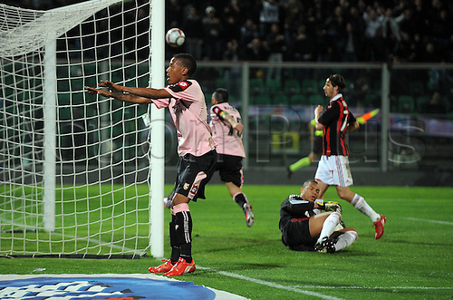 24 04 2010  Esultanza Tue Abel Hernandez After Il Gol DEL 2 0 Serie A Palermo v AC Milan played at the Satdio Barbera. Palermo won 3-1 Photo Nicolo Zangirolami