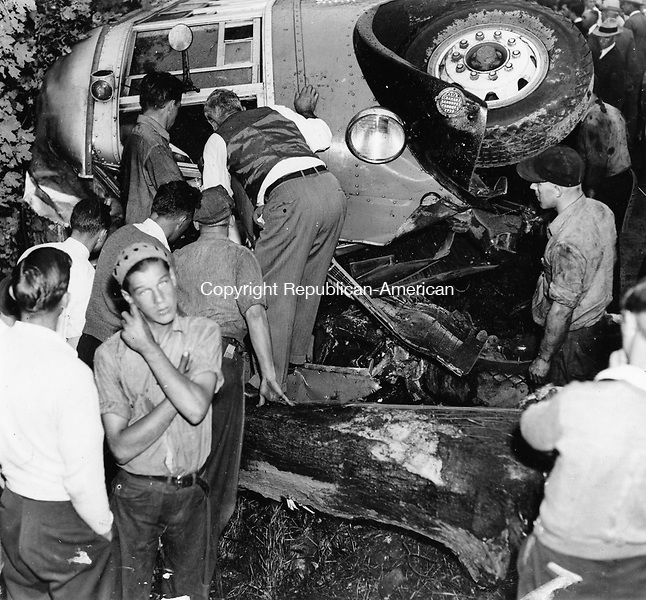 Cheshire school bus and oil truck accident on September 17, 1937. Fourteen students were injured and two died.