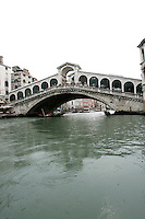Una veduta del Ponte di Rialto.<br /> A view of Rialto Bridge in Venice.<br /> UPDATE IMAGES PRESS/Riccardo De Luca