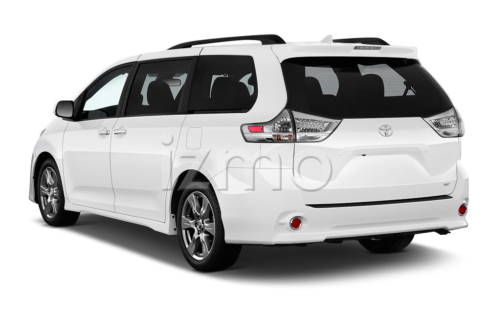 Car pictures of rear three quarter view of a 2018 Toyota Sienna SE 5 Door Mini Van angular rear