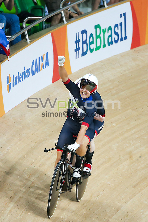 Picture by Alex Whitehead/SWpix.com - 11/09/2016 - 2016 Rio Paralympic Games - Track Cycling - Olympic Velodrome, Rio de Janeiro, Brazil - Great Britain's Sophie Thornhill and Helen Scott win Bronze in the Women's B 3000m Individual Pursuit Final.