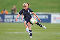 Washington Freedom midfielder Allie Long (9) Washington Freedom tied Chicago Red Stars 1-1  at The Maryland SoccerPlex, Saturday April 11, 2009.