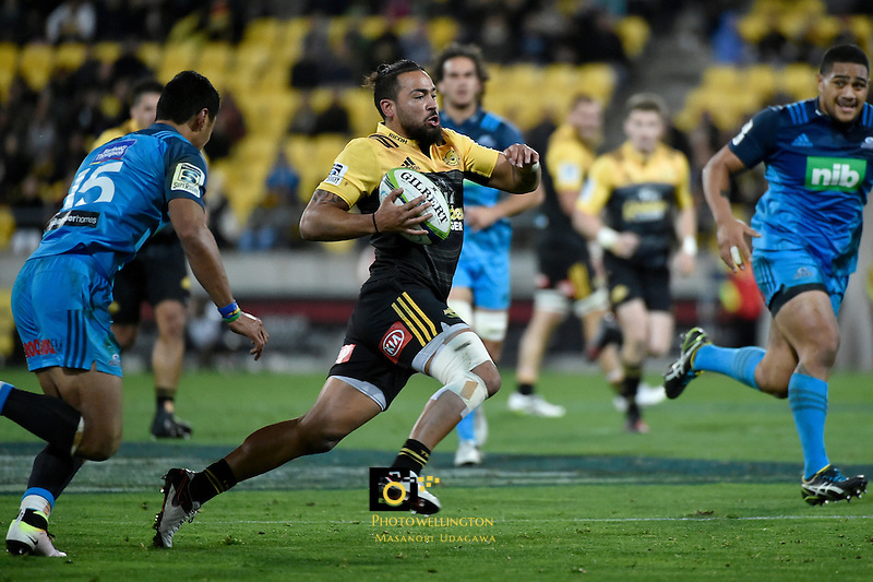 Hurricanes' Matt Proctor in action during the Super Rugby - Hurricanes v Blues at Westpac Stadium, Wellington, New Zealand on Saturday 2 July 2016. <br /> Photo by Masanori Udagawa. <br /> www.photowellington.photoshelter.com.