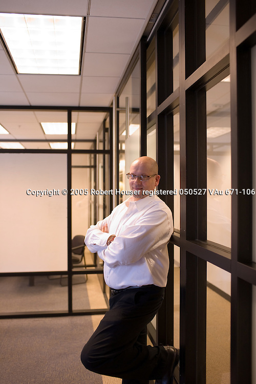 Jonathan Sacks - COO - MFORMA: Executive portrait photographs by San Francisco - corporate and annual report - photographer Robert Houser.