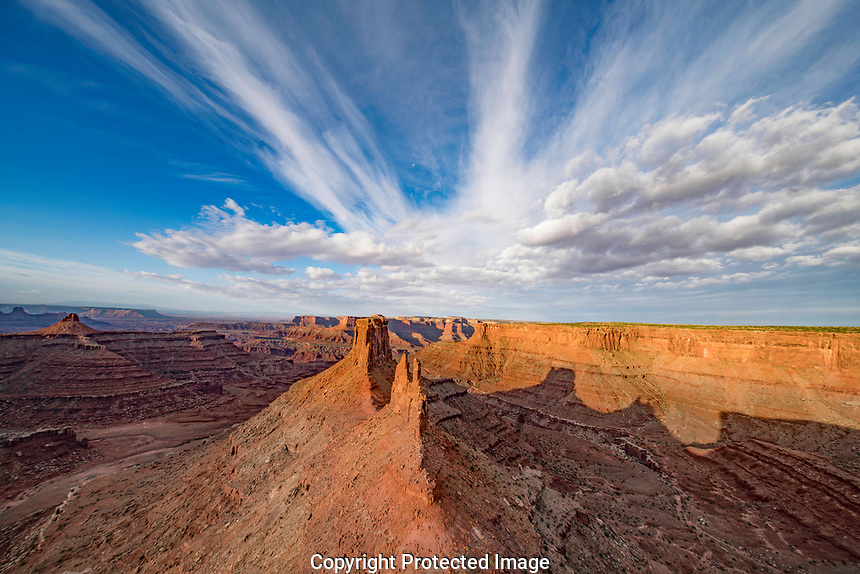 Marlboto Point at dawn,  Canyonlands National Park, Utah Colorado River Canyons beyond