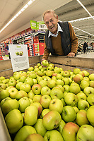 Paul Hogg of West Bridgford picks his Bramley apple