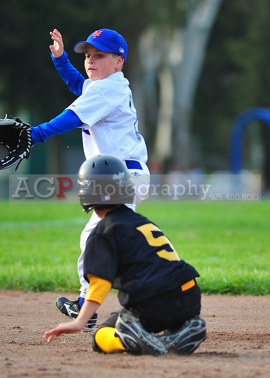 The AA Mets play at the Pleasanton Sports Park Tuesday March 16, 2010. (Photo by Alan Greth)