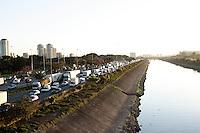 SÃO PAULO, 04 DE JULHO, 2012 - TRÂNSITO - marginal tietê tem trânsito lento na altura da ponte da Casa Verde, na capital paulista, nessa quarta-feira, 04 - FOTO LOLA OLIVEIRA - BRAZIL PHOTO PRESS
