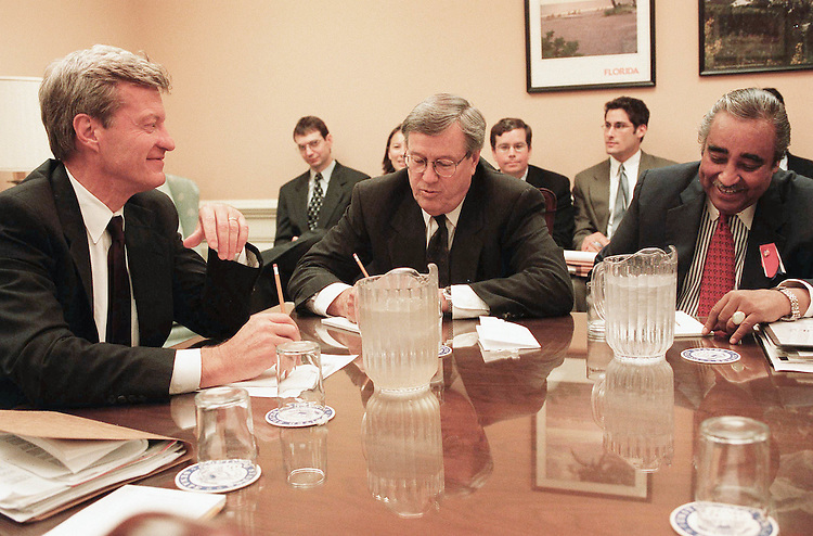 10/10/01.ECONOMIC STIMULUS--Senate Finance Chairman Max Baucus, D-Mont., House Ways and Means Chairman Bill Thomas, R-Calif., and Ways and Means ranking Democrat Charles E. Rangel, D-N.Y., at the beginning of their meeting with Treasury representatives on an economic stimulus package. Senate ranking Republican Charles E. Grassley, R-Iowa, arrived later..CONGRESSIONAL QUARTERLY PHOTO BY SCOTT J. FERRELL