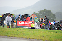 Blair Atholl, Scotland, UK. 12th September, 2015. Longines  FEI European Eventing Championships 2015, Blair Castle. Spectators in the rain during the Cross country phase © Julie Priestley