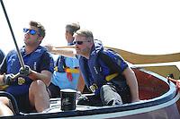 SKÛTSJESILEN: GROU: Wide Ie, Pikmar, Peanster Ie, 18-07-2015, SKS skûtsjesilen, skûtsje Oeral Thús (Joure) finisht als tweede in openingswedstrijd, schipper Dirk Jan Reijenga, ©foto Martin de Jong