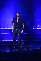 MIAMI, FL - NOVEMBER 11: Enrique Iglesias performs at AmericanAirlines Arena on November 11, 2017 in Miami, Florida.  <br /> CAP/MPI10<br /> &copy;MPI10/Capital Pictures