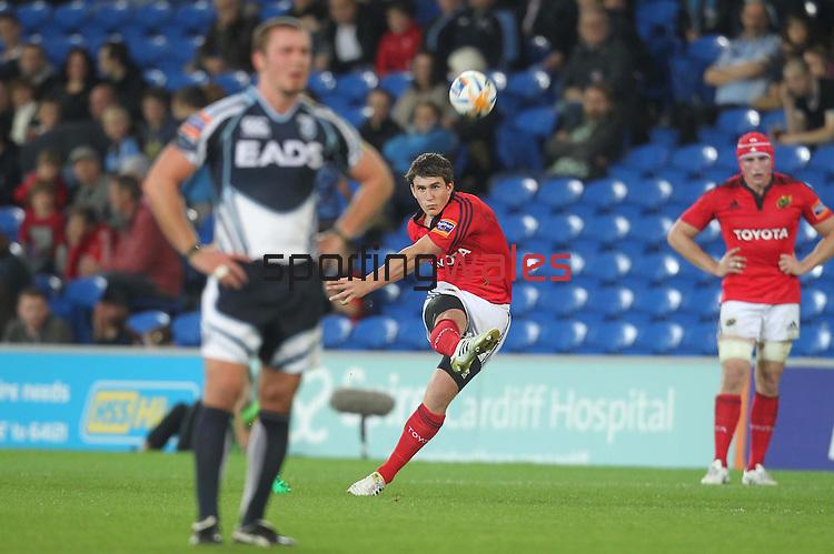 Rabo Direct Pro12.Cardiff Blues v Munster.Ian Keatley kicks a penalty for Munster...23.09.11.©Steve Pope