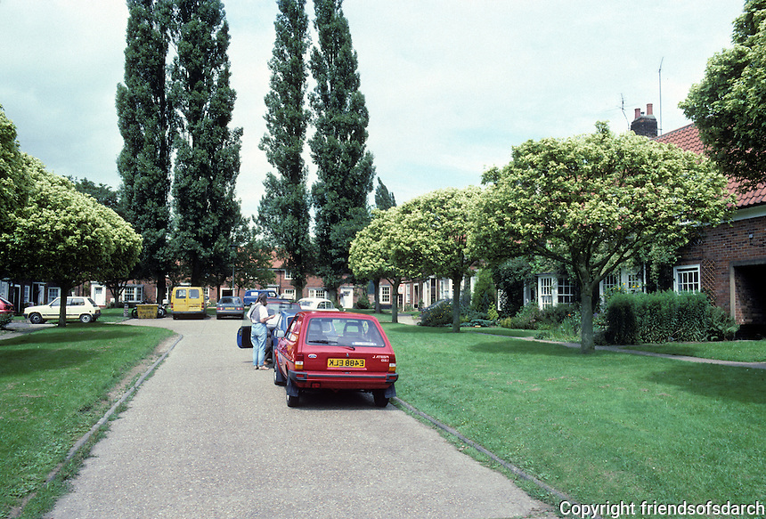 Welwyn: Walden Place, off Walden Road (Note name.) Pretty, but the planners did not anticipage individual/ family car ownership. Clogged with cars. Photo '87.