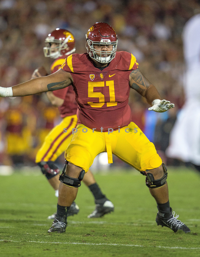 USC Trojans Damien Mama (51) during a game against the Arizona Wildcats on November 17, 2015 at Memorial Coliseum in Los Angeles, CA. USC beat Arizona 38-30.