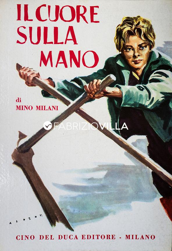 Mino Milani nella sua casa di Pavia