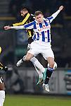 Nederland, Heerenveen, 22 december  2012.Eredivisie.Seizoen 2012/2013.Heerenveen-Vitesse 2-1.Alfred Finnbogason van SC Heerenveen in duel om de bal met Patrick van Aanholt van Vitesse
