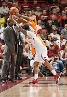 NWA Democrat-Gazette/ANTHONY REYES &bull; @NWATONYR<br /> Anton Beard, Arkansas freshman, fights with Robert Hubbs, Tennesse Sophomore, for the ball in the first half Tuesday Jan. 27, 2015 at Bud Walton Arena in Fayetteville.