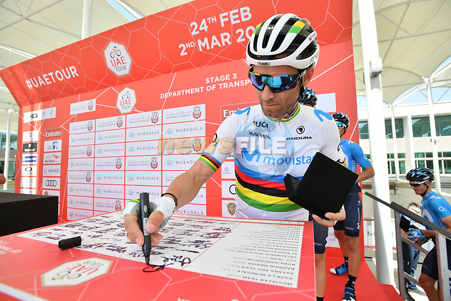 World Champion Alejandro Valverde (ESP) Movistar Team signs on before the start of Stage 3 of the 2019 UAE Tour, running 179km form Al Ain to Jebel Hafeet, Abu Dhabi, United Arab Emirates. 26th February 2019.<br /> Picture: LaPresse/Massimo Paolone | Cyclefile<br /> <br /> <br /> All photos usage must carry mandatory copyright credit (© Cyclefile | LaPresse/Massimo Paolone)