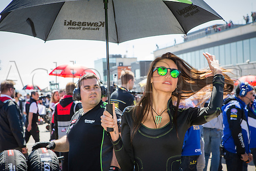 02.04.2016. Motorland, Aragon, Spain. World Championship Motul FIM of Superbikes.  Umbrella girl during the race  in the World Championship Motul FIM of Superbikes from the Circuito de Motorland.