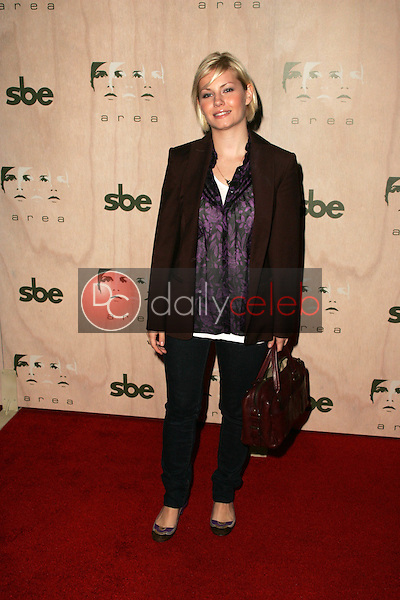 Elisha Cuthbert<br />