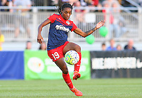 Boyds, MD - Saturday May 07, 2016: Washington Spirit forward Crystal Dunn (19) during a regular season National Women's Soccer League (NWSL) match at Maureen Hendricks Field, Maryland SoccerPlex. Washington Spirit tied the Portland Thorns 0-0.