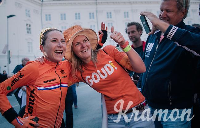 GOLD!! Annemiek van Vleuten (NED/Mitchelton-Scott) retains the rainbow jersey as she once again wins the race<br /> <br /> WOMEN ELITE INDIVIDUAL TIME TRIAL<br /> Hall-Wattens to Innsbruck: 27.8 km<br /> <br /> UCI 2018 Road World Championships<br /> Innsbruck - Tirol / Austria