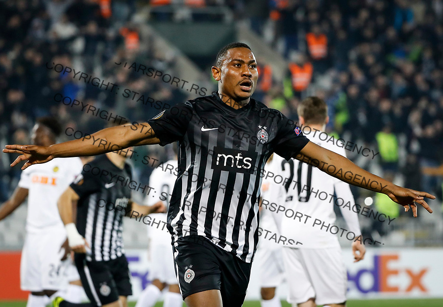 BELGRADE, SERBIA - NOVEMBER 23: Leandre Tawamba (C) of Partizan celebrates scoring a goal during the UEFA Europa League group B match between Partizan and BSC Young Boys at Stadium Partizan on November 23, 2017 in Belgrade, Serbia. (Photo by Srdjan Stevanovic/Getty Images)