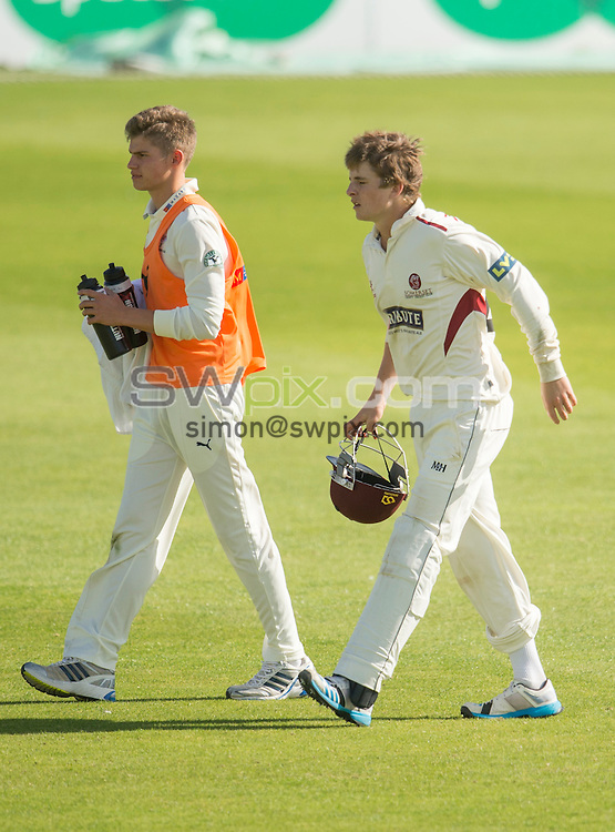 Picture by Allan McKenzie/SWpix.com - 26/09/2014 - Cricket - LV County Championship Div One - Yorkshire County Cricket Club v Somerset County Cricket Club - Headingley Cricket Ground, Leeds, England - Somerset's Thomas Abell leaves the field with an injury.
