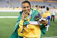 HAMILTON, CANADA, 25.07.2015 - PAN-FUTEBOL - Raquel do Brasil comemora medalha de ouro após ganhar de 4 a 0 da Colombia em partida da final do futebol feminino nos jogos Pan-americanos no Estadio Tim Hortons em Hamilton no Canadá neste sábado, 25.  (Foto: William Volcov/Brazil Photo Press)
