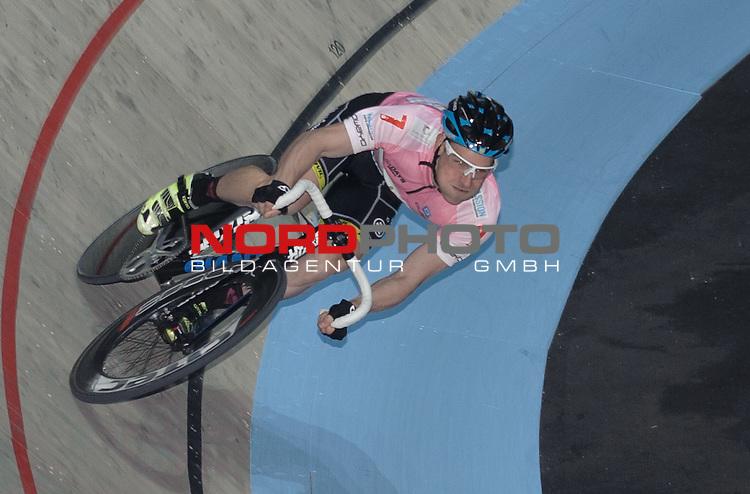10.01.2015, &Ouml;VB Arena, Bremen, GER, Sixdays Bremen, im Bild Erik Mohs (Team elements pure #7)<br /> <br /> Foto &copy; nordphoto / Frisch