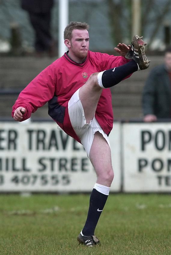 Photo. Richard Lane. .Wales U21 v England U21 at Sardis Road, Pontypridd, Wales. 2/2/2001.Sean Marsden.