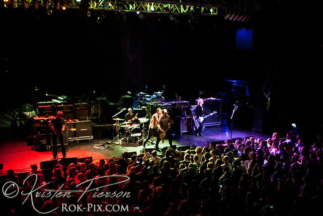 Summerland Tour: Sponge performing at House of Blues in Boston, Massachusetts