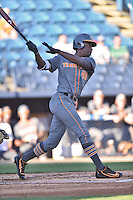 Tennessee Volunteers left fielder Vincent Jackson (40) swings at a pitch during a game against the UNC Asheville Bulldogs at McCormick Field on March 15, 2016 in Asheville, North Carolina. The Volunteers defeated the Bull Dogs 7-3. (Tony Farlow/Four Seam Images)