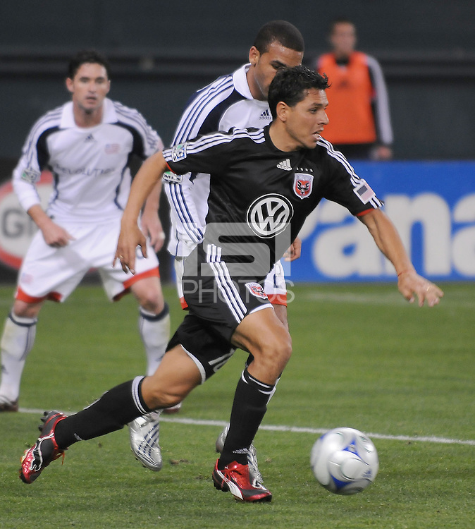 DC United midfielder Christian Gomez (10)  DC United tied The New England Revolution 1-1  at  RFK Stadium, Friday Arpil 17, 2009.