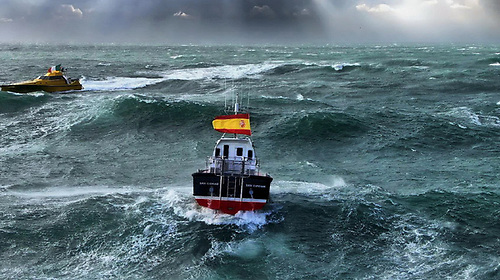 Safehaven's Interceptor 42 handling winds of 50kts at the entrance to Cork Harbour with 4-metre heavily breaking seas offshore in the shoaling waters off the Daunt Rock