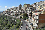 The peleton pass through some stunning scenery during Stage 4 a 202km very hilly stage running from Catania to Caltagirone, Sicily, Italy. 8th May 2018.<br /> Picture: LaPresse/Fabio Ferrari | Cyclefile<br /> <br /> <br /> All photos usage must carry mandatory copyright credit (&copy; Cyclefile | LaPresse/Fabio Ferrari)