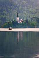 Lake Bled, Pletna rowing boat ride to the Church of the Assumption of St Mary on Lake Bled Island, Bled, Julian Alps, Gorenjska, Upper Carniola Region, Slovenia, Europe