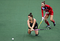 Ella Gunson during the World Hockey League match between New Zealand and Korea. North Harbour Hockey Stadium, Auckland, New Zealand. Saturday 18 November 2017. Photo:Simon Watts / www.bwmedia.co.nz