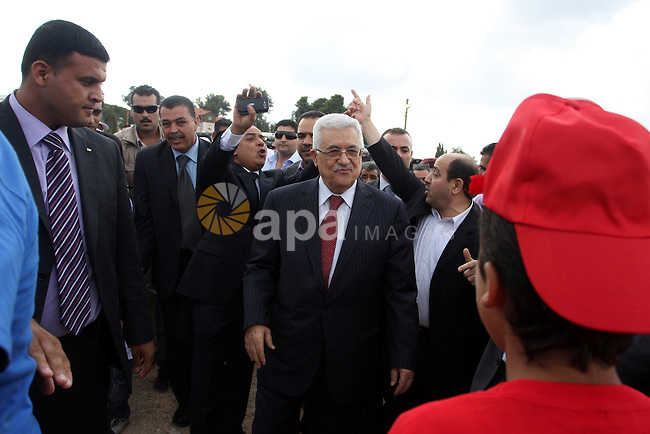 Palestinian President Mahmoud Abbas (Abu Mazen) during his visit to the events hosted by the children of Palestine to support the efforts of the Palestinian leadership at the United Nations, in the West Bank city of Ramallah, on Sep. 31, 2011. Photo by Issam Rimawi