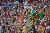 HAMBURGO, ALEMANHA, 26 DE MAIO 2012 - BRASIL X DINAMARCA AMISTOSO INTERNACIONAL -   Torcida do Brasil durante lance contra a Dinamarca, em amistoso internacional realizado no Imtech Arena, na cidade de Hamburgo, neste sábado, 26. Hulk fez o gol. O jogo é o primeiro de uma série de amistosos que acontecerão antes das Olimpíadas de Londres. (FOTO: STEFAN GROENVELD / BRAZIL PHOTO PRESS).